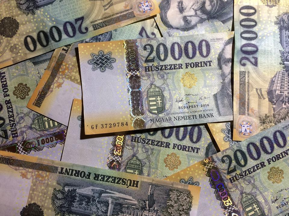 maďarské forinty